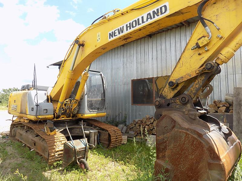 New Holland KOBELCO E 215