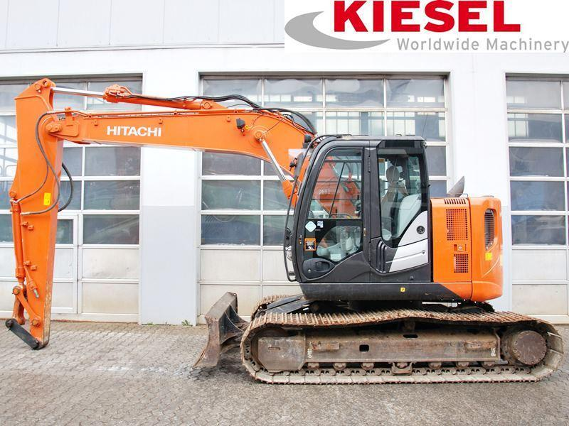 Hitachi ZX 135 US-5