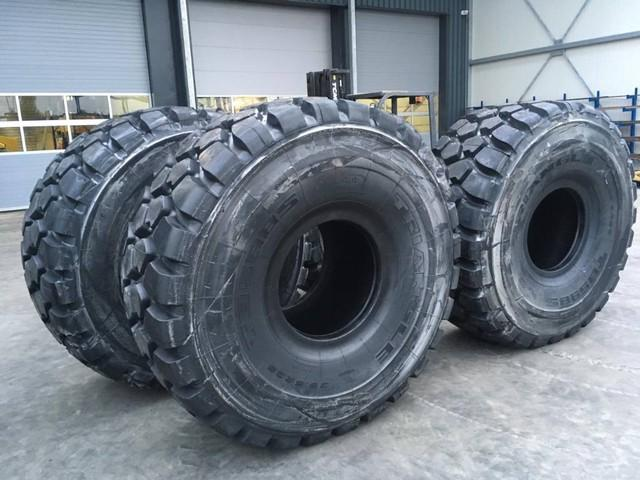 TRIANGLE TYRES 295R25